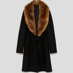 Zara black coat faux fur collar